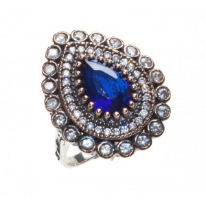 BLUE CRYSTAL ORIENTAL RING