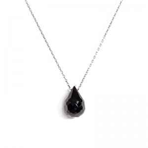 DROP SHAPPED BLACK CRYSTAL NECKLACE