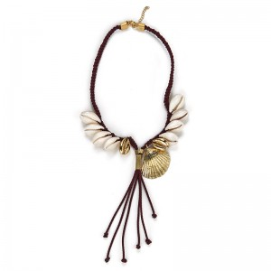 BORDEAUX CORD SHELLS NECKLACE
